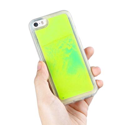 Liquid Neon Sand skal till iPhone 5/5s/SE - Grön